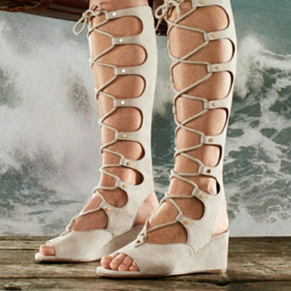 catch best website wholesale Chloe suede Gladiator tall wedge sandal